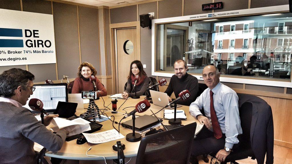 Primera sesión de radio en los estudios de Capital Radio